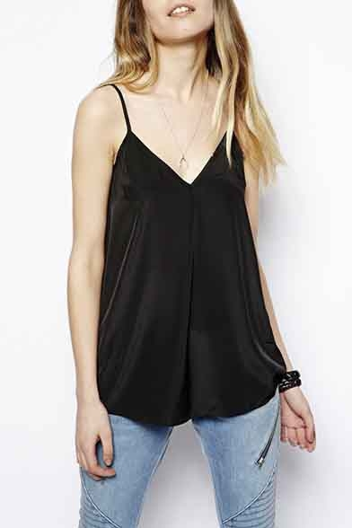 Chic Spaghetti Straps V-Neck Sleeveless Camisole Top
