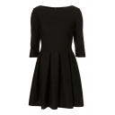 Black Plain Pleated Hem Fitted 3/4 Sleeve Round Neck Dress