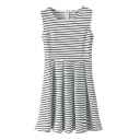 Round Neck Horizontal Stripe Pattern Pleated Sleeveless Dress
