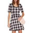 Plaid 1/2 Length Sleeve Fitted Scoop Neck Dress