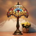 Delicate Pattern Tiffany Table Lamp with One Light
