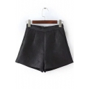 Plain Embossing Pleated Pocket Detailed Zip Back Shorts