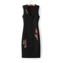 Embroidery Floral Pattern V-Neck Sleeveless Zip-Back Midi Bodycon Dress