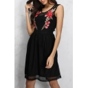 Elegant Chic Sleeveless Embroidery Rose Floral Round Neck Mesh Patchwork Midi Dress