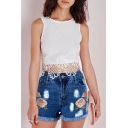 Women's High Waist Embroidery Floral Pattern Fringe Hem Denim Shorts