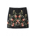 Women's Embroidery Floral Pattern Zip Back Mini Skirt