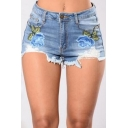 Sexy Embroidery Floral Pattern Cutout Ripped Hem Mid Waist Mini Denim Shorts