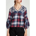 New Collection V Neck Chic Lace Inserted Plaids Printed Pullover Blouse