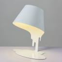 Contempoary Creative Simple White Desk Lamp with Coolie Shade