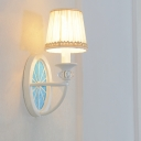 Nordic Style White Finish Hallway Sconce 1 Light Led Sconce Lighting with Whell Base