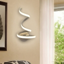 Decorative Modern Curved Led Wall Light 21W/24W White Aluminum Curl Led Outward Light Wall Sconce Indoor Home Wall Lighting