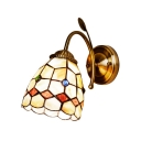 Tiffany Style Shelly Wall Lamp Stained Glass Wall Sconce in Beige for Bathroom Mirror Staircase