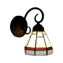 Geometric Wall Sconce Craftsman Tiffany Style Stained Glass Decorative Wall Light in Red