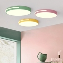 Acrylic Round LED Flush Light Modernism Living Room Ceiling Fixture in Blue/Green/Pink/Yellow