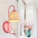 Applique murale à lumière unique de style lodge en métal, style lodge, finition rose