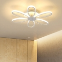 6 Heads Bloom Shape LED Ceiling Fixture Modern Design Acrylic Ceiling Light in White for Bedroom