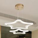 Modern Design Star LED Suspended Light Acrylic Chandelier Light in Warm/White for Children Bedroom