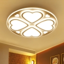 Clover Shape Bedroom Ceiling Fixture Nordic Style Acrylic Surface Mount Ceiling Light in White
