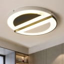Integrated LED Flush Light Modern Chic Metal Flush Ceiling Light with Semi-circle Shade in Black White