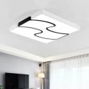 Modern Chic Wavy Ceiling Light Acrylic Shade Decorative LED Flush Mount in White for Dining Room