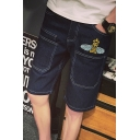 Fashionable Bee Embroidery Contrast Piping Mens Straight Fit Denim Shorts