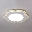 Contemporary LED Ceiling Fixture Acrylic Flush Mount Light in Warm/White for Bedroom