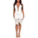 Sexy Fashion Cut Out V-Neck Sleeveless Plain Pattern Lace Detail White Mini Slip Dress