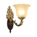 Metal Glass Petal Wall Lamp 1/2 Lights Vintage Style Sconce Light in Brass and Black for Foyer