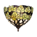 Tiffany Style Rustic Wall Light 1 Light Green Leaf Stained Glass Sconce Light for Bedroom