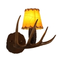 Brown Antlers Shape Sconce Single Light Antique Style Resin and Glass Wall Sconce for Living Room