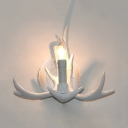 Rustic Antlers Wall Sconce Single Light Resin Sconce Wall Light in White/Brown for Foyer