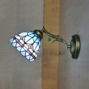 Rustic Style Dome Sconce Light with Flower 1 Light Stained Glass Sconce Lamp for Restaurant