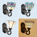 Tiffany Style Sconce Light with 4 Pattern Choice 1 Light Stained Glass and Metal Wall Lamp for Restaurant