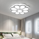 White Lighting Flower Ceiling Light Creative Acrylic LED Flush Mount Light with Crystal for Living Room