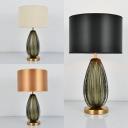 Classic Beige/Black/Gold Desk Light Melon Shape Single Light Glass Table Light for Hotel