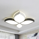 Four-Leaf Clover Ceiling Mount Light Modern Acrylic LED Flush Light in Warm/White for Adult Bedroom