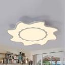 White Sun LED Ceiling Mount Light Contemporary Acrylic Flush Light in Warm/White for Living Room