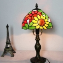 Rustic Style Sunflower Desk Light Stained Glass One Head Bronze Table Light for Living Room