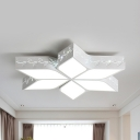 Leaf Shaped LED Flush Ceiling Light Kids Metal Ceiling Lamp in Warm/White/Stepless Dimming/Third Gear for Bedroom