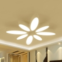 Petal Living Room Ceiling Light Metal Contemporary LED Flushmount Light in Warm/White