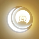 Crescent Shaped Wall Light Modern Stylish Acrylic LED Sconce Light in White Finish for Kid Bedroom