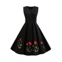Women's Chic Floral Embroidery V-Neck Sleeveless Vintage Black Midi Flared Swing Dress
