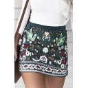 Woman Holiday Green Floral Print Zipper-Back Slim Fitted Mini A-Line Skirt