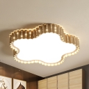 Gold/White Scalloped Star Ceiling Mount Light Modern Metal Flush Light in Warm/White for Kid Bedroom
