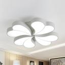 White 4-Heart LED Flush Ceiling Light Modern Acrylic Ceiling Lamp in Warm/White for Living Room
