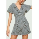 Summer Sweet Girls Chic V-Neck Grey Floral Print Ruffle Detail Romper