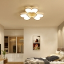 Matte White Flower Ceiling Lamp Modern Style Led Metal Flush Mount Light in White/Warm
