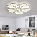 Acrylic Blossom Flush Mount Light Fixture 3/4/5 Lights Contemporary Ceiling Lamp in White