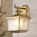 Traditional Armed Sconce Metal 1 Bulb Wall Mounted Light Fixture in Brass for Stairway