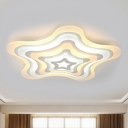Contemporary LED Ceiling Lamp Acrylic White Wavy Star Shape Flush Mount Light in Warm/White Light/Remote Control Stepless Dimming